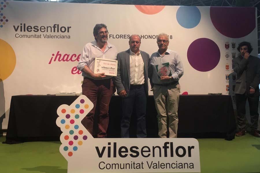 Sot de Chera recibe el galardón de 3 flores en Villas en Flor 2018